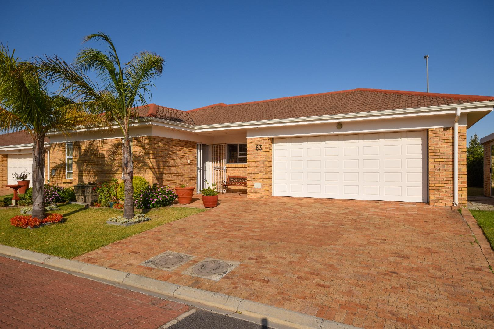 2 Bedroom Retirement Village for Sale in Sonstraal Heights, Durbanville - Western Cape