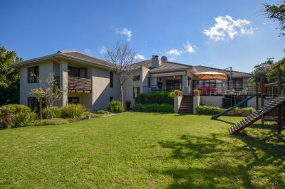 4 Bedroom House for Sale in Welgedacht, Bellville - Western Cape